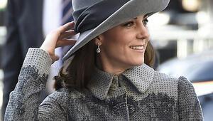 Kate Middleton, Türk tasarımcı Erdem Moralıoğlundan giyiniyor