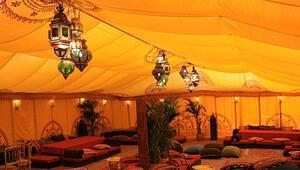 Otel yok çadırda kalsınlar
