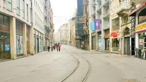 Caddeler, AVM'ler ve restoranları boşaldı, paket servis hizmeti arttı