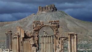 Suriye ordusu Palmiraya girdi