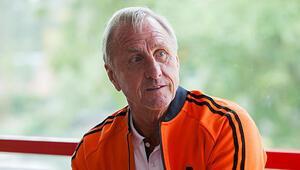 Johan Cruyff yaşamını yitirdi Johan Cruyff kimdir