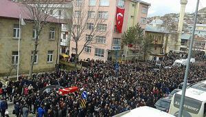 Bayburtlu şehit Astsubay Türkoğlu doğum gününde toprağa verildi