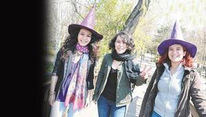 İşte Türkiyenin konuştuğu Kampüs Cadıları