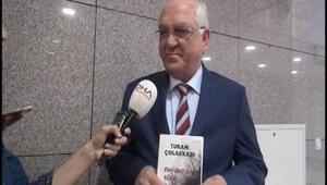 Başsavcı Turan Çolakkadının ilk şiir kitabı çıktı