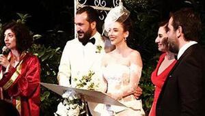 Elif Sönmez ve Burak Gürmeriç evlendi