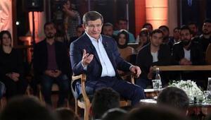 Başbakan Davutoğlu: Kimlik bilgileri CHP İzmir teşkilatından sızdı