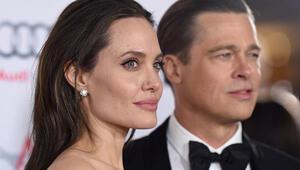 Angelina Jolie ve eşi Brad Pitt gırtlak gırtlağa geldiler