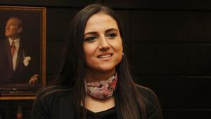 Dilek öğretmen deneyimlerini Dubaide anlattı