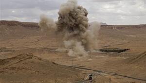 Rus uzmanlar Palmirada kara mayınlarını temizliyor