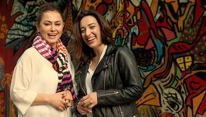 Toz Bezinin başrol oyuncuları Nazan Kesal ve Asiye Dinçsoy: Gündelikçi kadınlara gönül borcumuzu ödedik