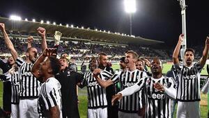 PSGden sonra Juventus da şampiyonluk ipini göğüsledi