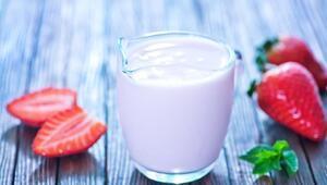 İnekleri çilekle beslesek çilekli süt vermelerini sağlayabilir miyiz