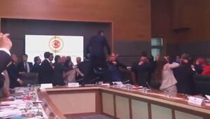 Komisyonda inanılmaz kavga 5 vekil yaralandı
