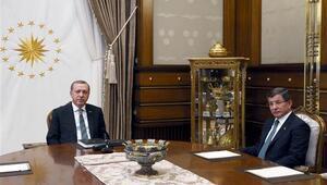 Erdoğan ve Davutoğlunun görüşme programı açıklandı