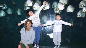 Çağla Şıkel oğullarıyla Anneler Gününü kutladı