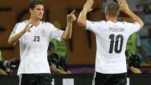 Gomez ve Podolskiye milli davet
