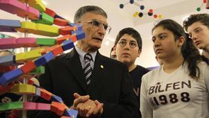"""Nobel Kimya ödüllü Prof. Dr. Aziz Sancar:""""En önemli faktör çok çalışmak"""""""
