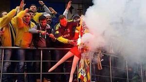 Şişme bebeğe Galatasaray forması giydiren Fenerbahçeliye 1 yıl yasak