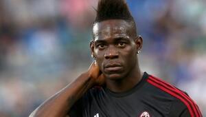 Mario Balotelliyi gönderiyorlar