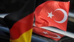 Alman Meclisi mahkeme değil