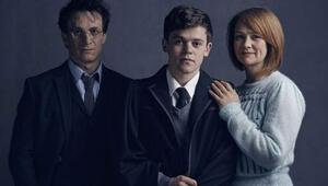 Harry Potter tiyatro sahnesinde
