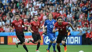 Türkiye ilk maçında Hırvatistana mağlup oldu (Maç özeti)