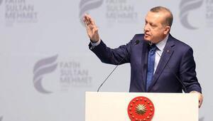 Cumhurbaşkanı Erdoğandan Erol Evgine: Sen sanatçı olsan ne olur, profesör olsan ne olur