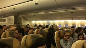 Yolcu uçağında yangın çıktı