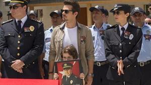 Arka Sokaklar dizisi 408. bölüm sezon finali ile ekrana kilitledi