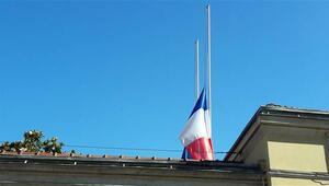 Fransa Başkonsolosluğunda bayraklar yarıya indirildi