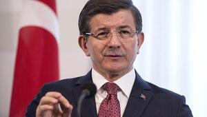 Ahmet Davutoğlu: Hâlâ risk olduğu kanaatindeyim