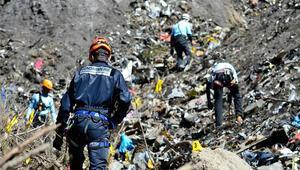 Germanwings uçağını dağa çakan yardımcı pilotun ailesiyle sevgilisine suç duyurusu