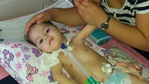 SMA hastası kızının görüntülerini paylaştı, Bakanlık bilgi istedi