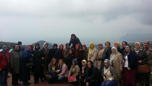 AK Parti Sapanca İlçe Kadın Kolları gezi düzenledi
