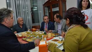 Başkan Böcek, Alevi dernek üyeleriyle buluştu