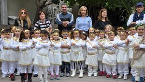 Minik öğrenciler Bergama Müzesini gezdi