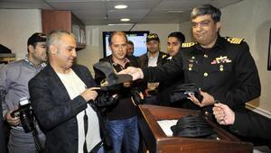 Pakistanın PNS Alamgir savaş gemisi basına tanıtıldı