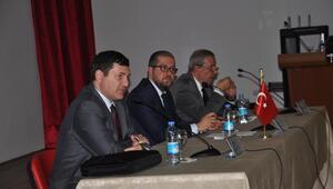 AKÜde 2023 Yılında Türkiye Ekonomisi: Yol Nereye paneli
