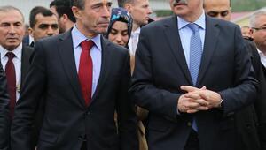 Kurtulmuş ve Rasmussen, Suriyeli sığınmacıları ziyaret etti