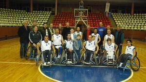 Engelli basketçilere yönetimden tam destek
