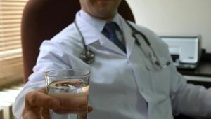 Zayıflamak uğruna fazla su içmek ölümcül olabilir