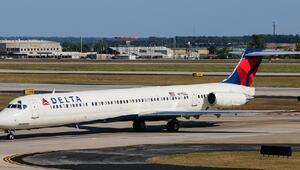 Delta Havayolları'nın sistemi çöktü, uçuşlar iptal
