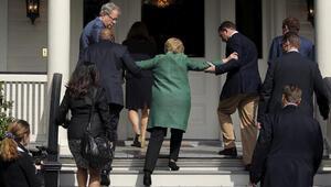 Clintonın bu fotoğrafını yeniymiş gibi sunup...