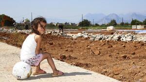 Döşemealtında çocuklar parkları bekliyor