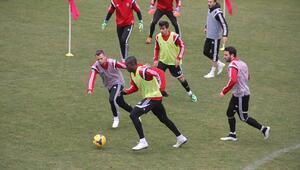 Kardemir Karabüksporda kupa maçı hazırlıkları