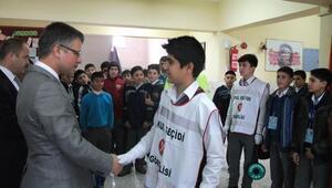 Karakeçili ilçesinde Okul Geçidi Görevlisi sertifikası verildi