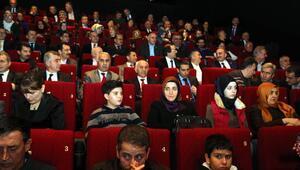 Sakarya protokolü sinemada buluştu