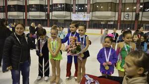 Buz Pateni 1. Grup Teşvik Şampiyonası Yapıldı