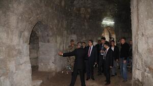 Vali Su, Cizre'de Vatandaşlarla Bir Araya Geldi