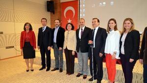 """Gaziantep Aile Ve Sosyal Politikalar İl Müdürlüğünden """"Yaşlılar Haftası"""" Paneli"""
